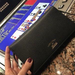 Gucci Cameilia Black Wallet Crossbody